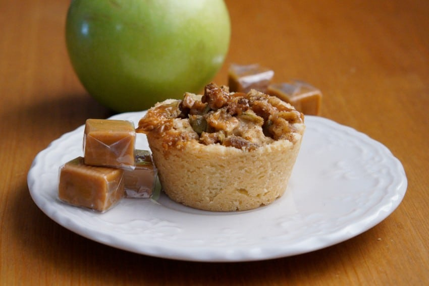 Caramel Apple Shortbread Tart