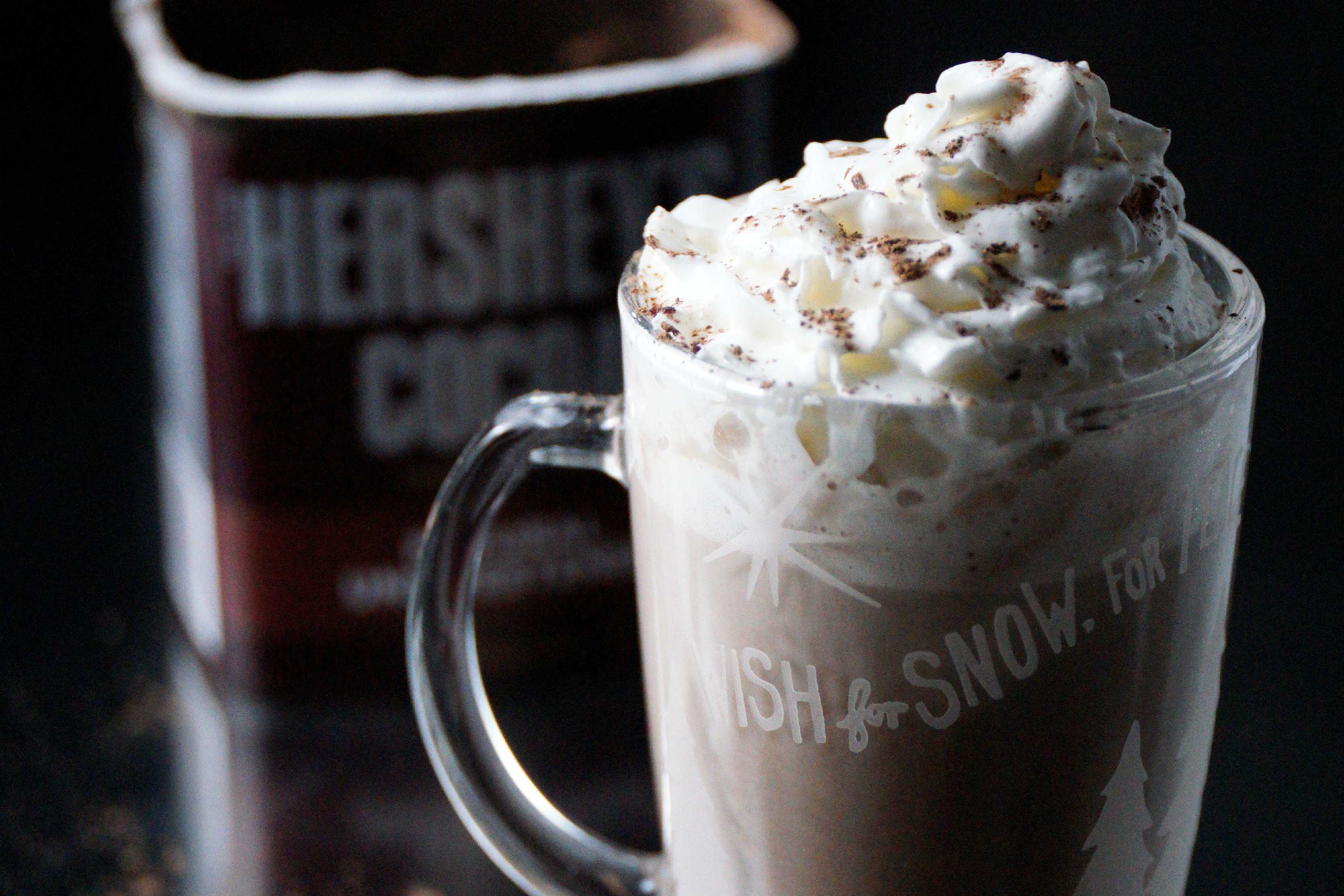 Homemade Hot Cocoa - http://joaniesimon.com